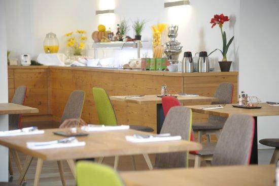 Zederhaus, ออสเตรีย: Restaurant im adeo ALPIN Hotel
