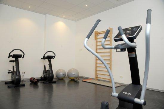 Zederhaus, ออสเตรีย: Fitnessbereich im adeo ALPIN Hotel