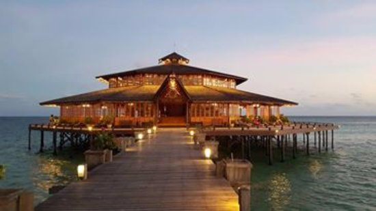 Lankayan Island Dive Resort: Restaurant