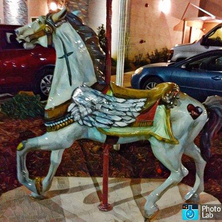 """เมริเดียน, มิซซิสซิปปี้: """"SleepInn Beauty"""" our Hope Village Carousel Horse.  We are so proud of it."""
