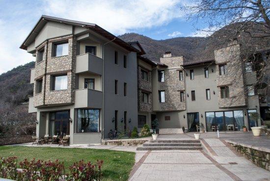 Boutique hotel melies loutraki griekenland foto 39 s for Boutique hotel 63