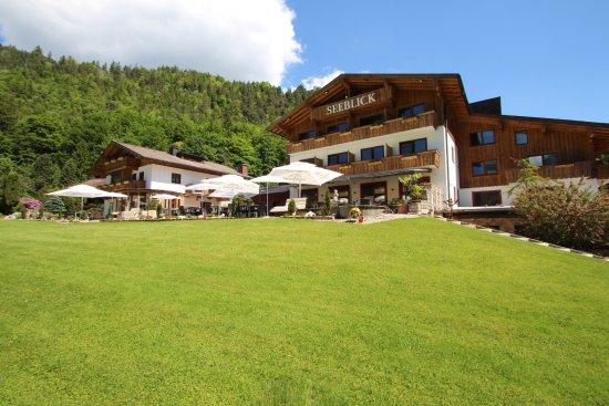 Hotel Pension Seeblick: umgeben von Natur....