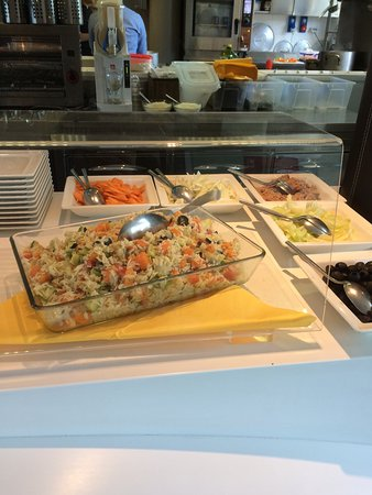 Scandicci, Italia: Il salad bar