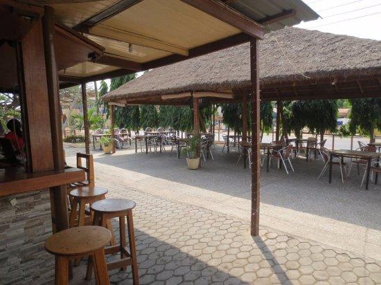 Tema, Ghana: Our Summer hut and bar