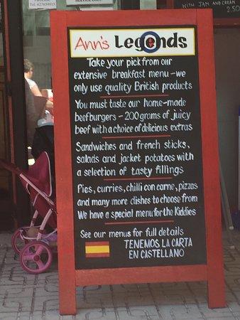 Legends Bar La Pineda: photo0.jpg