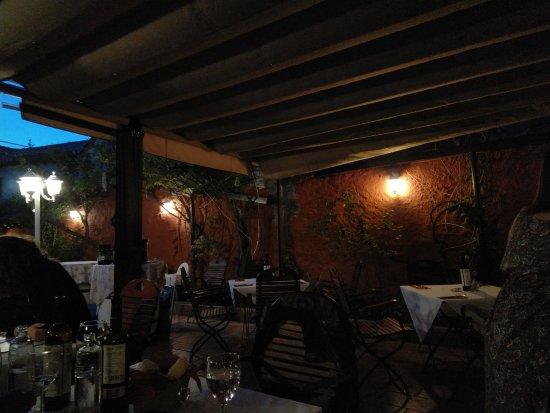 Interno ristorante picture of jardines de zoraya for Jardines de zoraya granada