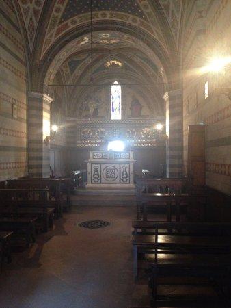 Гайоле-ин-Кьянти, Италия: Castello di Brolio 2 - interno della cappella