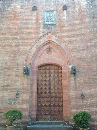 Gaiole in Chianti, Italia: Castello di Brolio 5