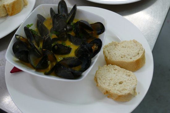 Take Thyme Fish Restaurant: River Exe Mussels in Thai & Coconut Chilli Broth