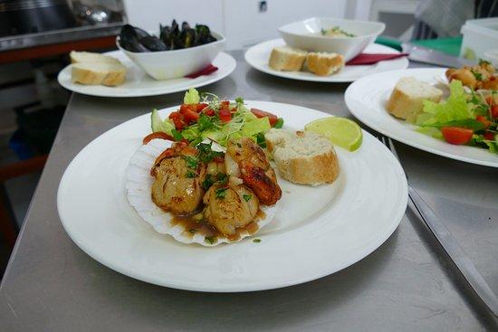 Take thyme fish restaurant ilfracombe restaurant for Fish thyme menu