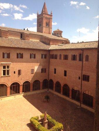 Asciano, Italien: Monte Oliveto Maggiore 9
