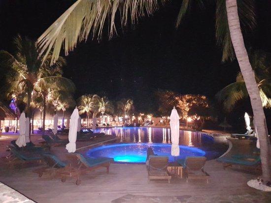 Sands Suites Resort & Spa: 20170516_215101_large.jpg