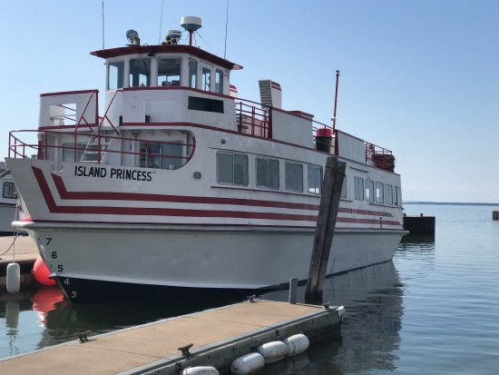 Apostle Island Boat Tours Reviews