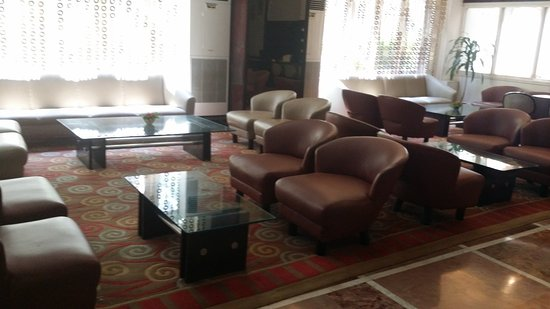 West End Hotel: hote llobby