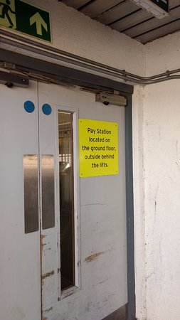 High Wycombe, UK: Car Park Pay Machine directions