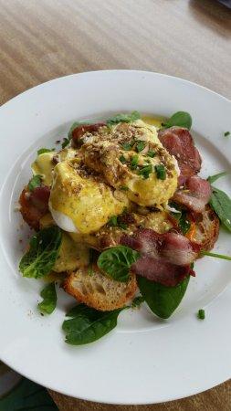 Marrickville, Australia: Eggs benedict