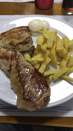 Sant Joan Despi, สเปน: Secreto con patatas.