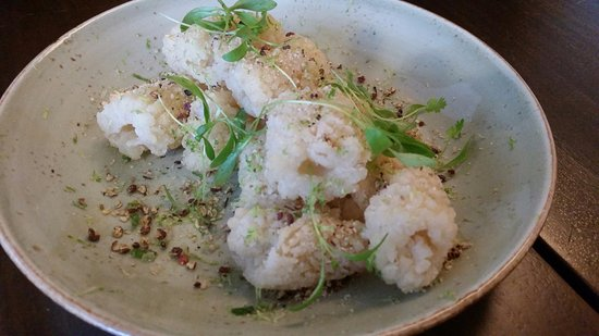 Wolli Creek, Australia: Salt and pepper calamari