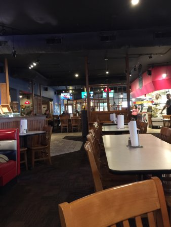 Janesville, WI: Burgers and topping bar and fancy ladies room