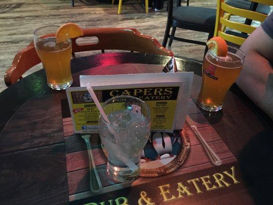 Miramichi, Canada: Capers Pub & Eatery