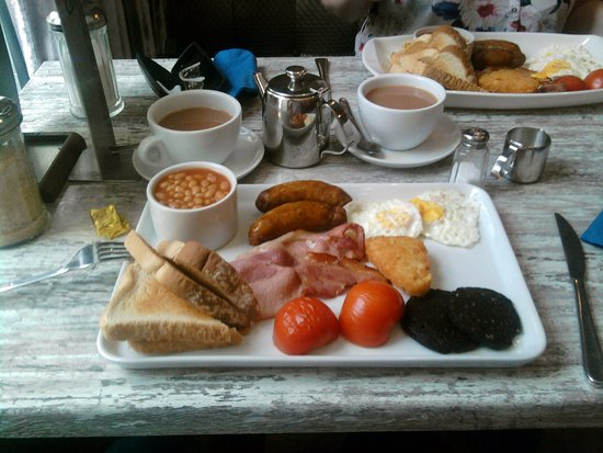 Nantwich, UK: big breakfast,mind you gave one hash brown to the wife, true love