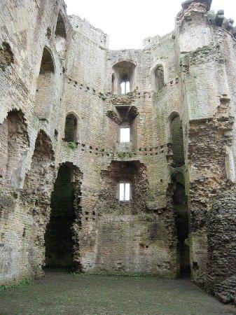 Nunney, UK: Interior side of castle