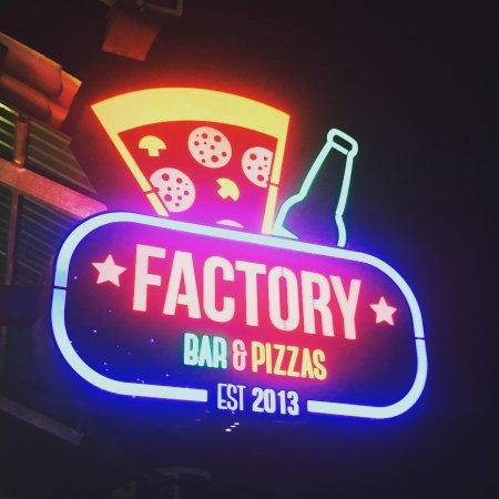 factory pizza siem reap restaurant avis num ro de t l phone photos tripadvisor. Black Bedroom Furniture Sets. Home Design Ideas