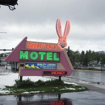 Rabbit Ears Motel: ラビット イアーズ モーテル