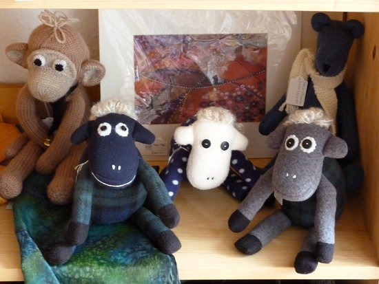 Sedbergh, UK: Sheila makes sheep - amongst many other things