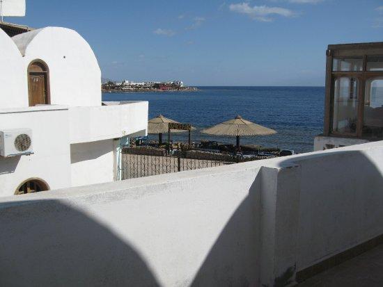 Ghazala Hotel: La vista dallo'ingresso della camera