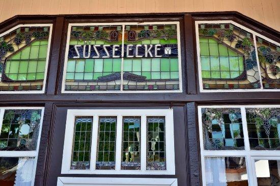 Bad Munster am Stein-Ebernburg, Germany: schöne Details am Eingang