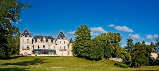 Chateau de Mirambeau Image