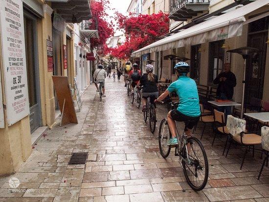 Attica, Grekland: Exploring Nafplio alleys