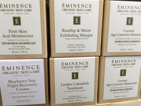 Sechelt, Kanada:  Eminence Organic Skin Care....only the best!