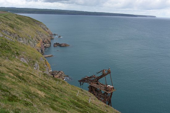 Ardmore, Ireland: The wreck of the Sampson