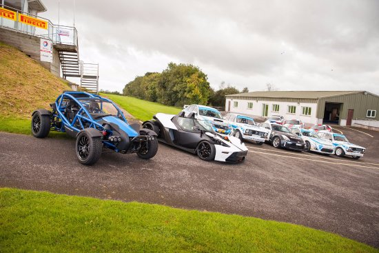 Scotstown, Irland: Super Cars!