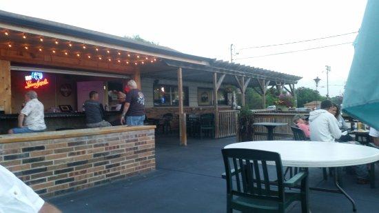 Waterford, WI: Badlanders Pub and Grill