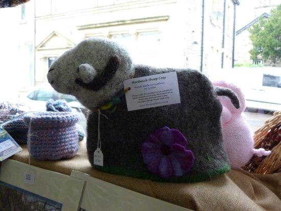 Sedbergh, UK: Lynda  make sheep tea cosies too!