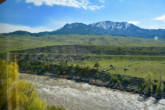 Gardiner, MT: beautiful view from our room
