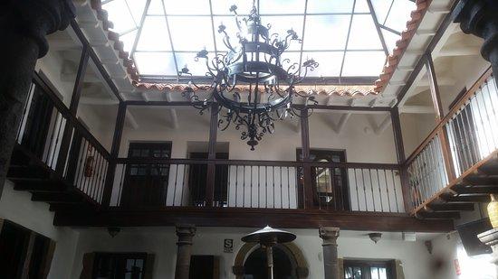 Tierra Viva Cusco Plaza: Patio interno