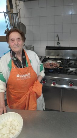 Lanuvio, Italie : La coratella della Sora Vincenza non si batte da nessun altra arte mi spiace