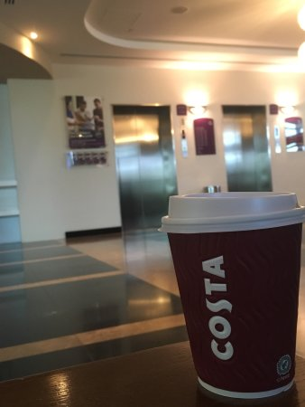 Premier Inn Dubai Silicon Oasis Hotel: Ramadan vibes, Costa first thing in the morning!!! Im sure you cant beat that! Love you premier