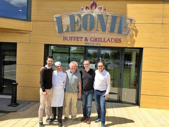 L'Hospitalet-du-Larzac, France: De la fourche à la fourchette. Du cuisinier aux producteurs de beouf d'Aubrac et d'agneau BIO