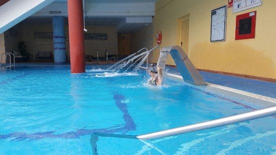 Piscina Con Jacuzzi.Piscina Con Jacuzzi Picture Of Spa Best Semiramis Puerto
