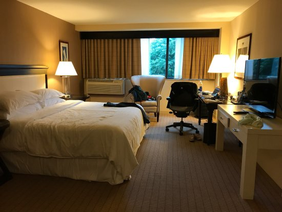 Columbia, MD: Standard room in Sheraton!