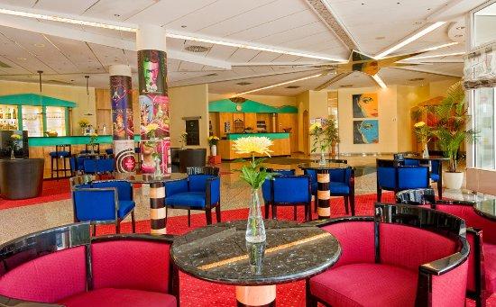 AZIMUT Hotel Dresden Photo