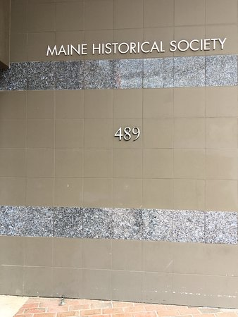 Maine Historical Society: At the gift shop entrance