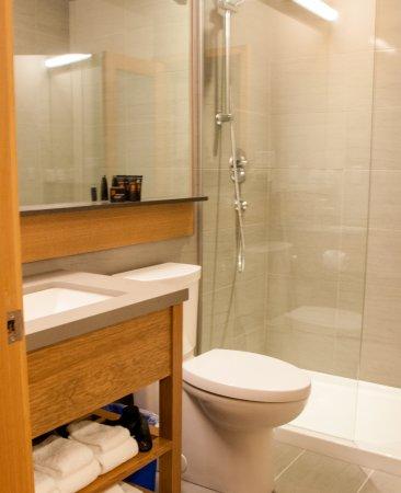 Port Hardy, Kanada: Walk in shower