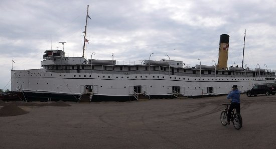 Victoria Harbour, Canada: The Keewatin