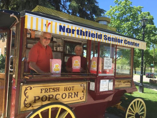Northfield, MN: Bridge Square Popcorn Wagon